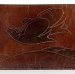 1920 ca     Portafoglio (cuoio sbalzato  cm 9,5x14,2)